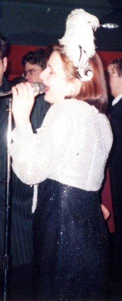 Melanie Tapson singing